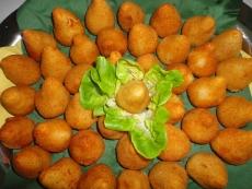 Coxinha de Frango 1 kg, frittiert , tiefgefroren( Já Fritas para o Forno )